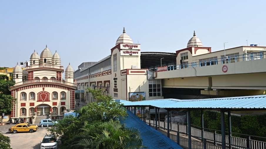 पीएम मोदी सोमवार को दक्षिणेश्वर तक कोलकाता मेट्रो सेवा के विस्तार का करेंगे उद्घाटन- India TV Hindi