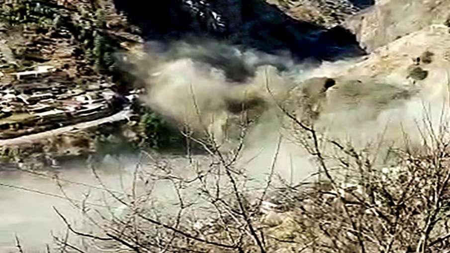 Chamoli flood trivendra singh rawat relief news Chamoli Glacier Flood: राहत की बात है, नदी के बहाव म- India TV Hindi