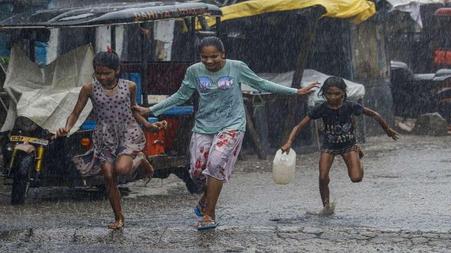snowfall rain in jammu kashmir imd prediction minimum temperature जम्मू-कश्मीर के पहाड़ी इलाकों में - India TV Hindi
