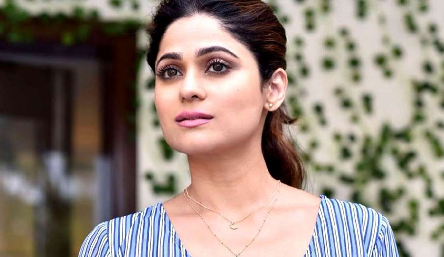 shamita shetty out of sight is out of mind latest news - India TV Hindi