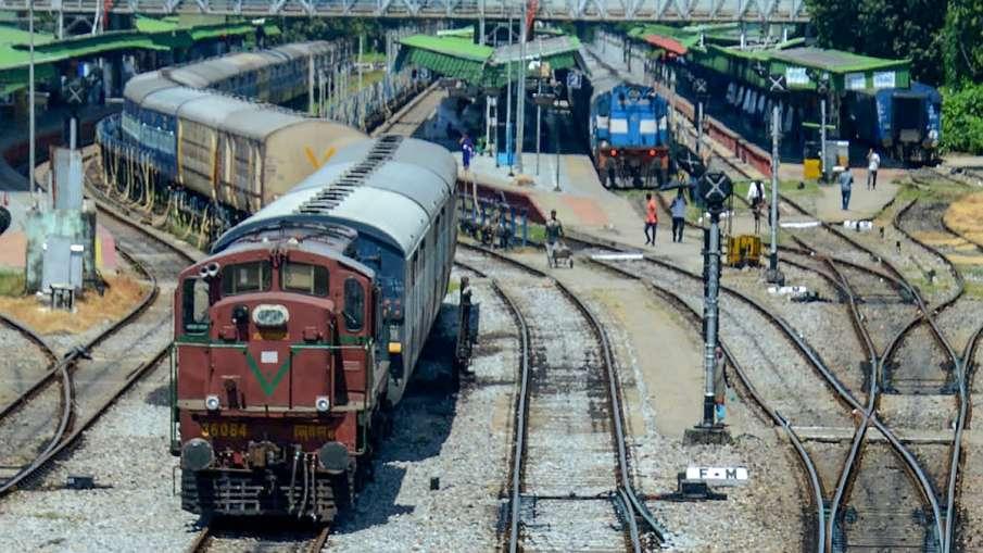 Ministry of Railways (Railway Board) Indian Railways New Delhi Mumbai Bandra Mahua Indore Gandhidham- India TV Hindi