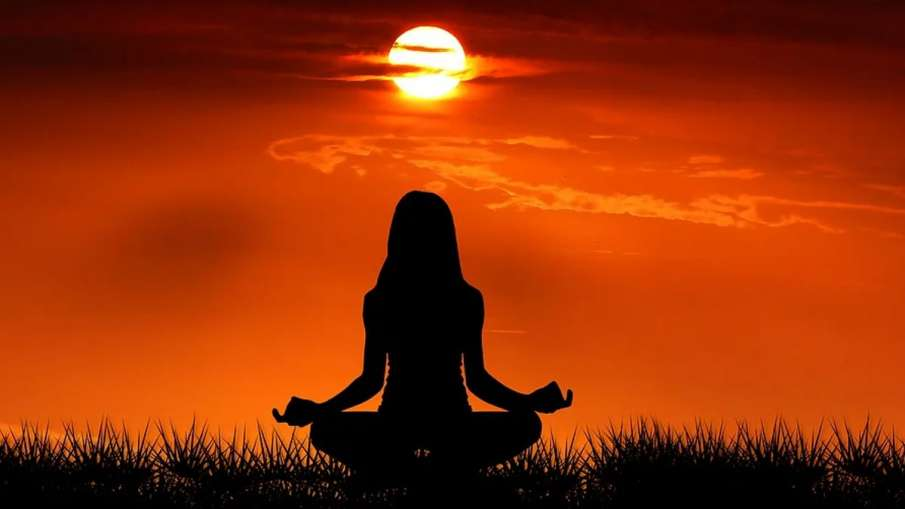 COVID-19 lockdown Yoga, Yoga COVID-19, Yoga stress, Yoga anxiety, Yoga depression- India TV Hindi