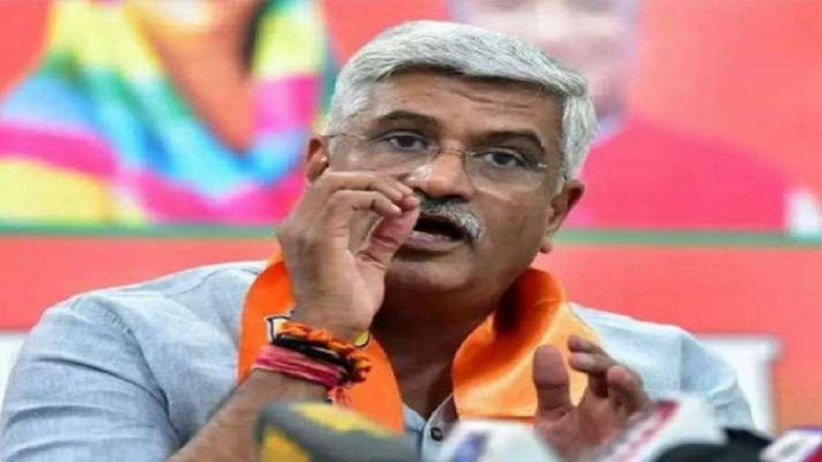 फोन टैपिंग मामले में केंद्रीय मंत्री गजेंद्र सिंह शेखावत ने शिकायत दर्ज कराई, सूत्रों के हवाले से खब- India TV Hindi