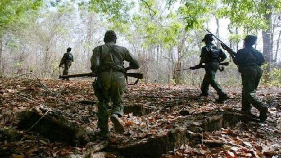 झारखंड में नक्सली हमला, IED ब्लास्ट में दो जवान शहीद, 3 घायल- India TV Hindi