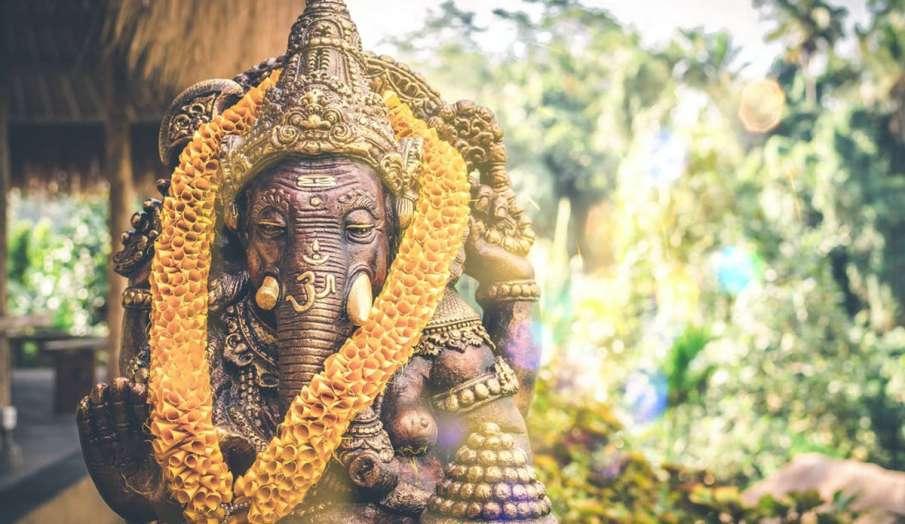 Angarki Chaturthi 2021: 2 मार्च को अंगारकी गणेश चतुर्थी, जानिए शुभ मुहूर्त और पूजा विधि- India TV Hindi