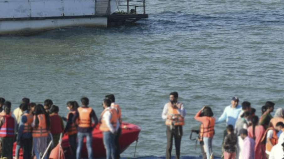 दर्दनाक: पति का गुस्सा महिला ने दो साल के बेटे पर उतारा, नदी में डुबाकर की हत्या- India TV Hindi