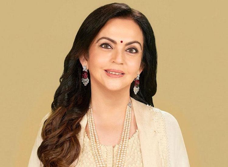 नीता अंबानी के BHU में...- India TV Hindi