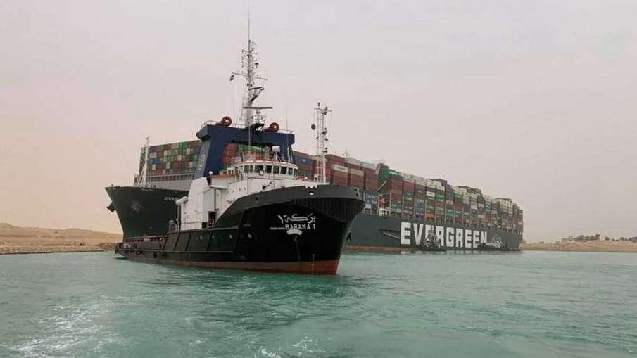 Suez Canal Blocked, Suez Canal, Suez Canal Jam, Suez Canal Traffic Jam, Suez Canal Container Ship- India TV Hindi