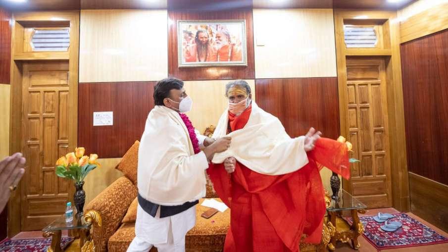 महाकुंभ में खलबली:...- India TV Hindi