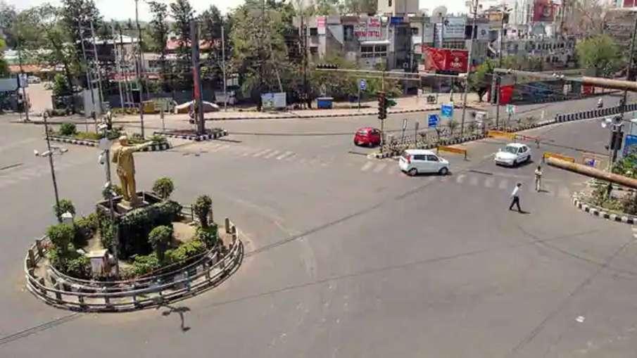 कोरोना के बढ़ते मामलों को लेकर भोपाल में लगा कंप्लीट लॉकडाउन, जानिए कब तक रहेगा लागू- India TV Hindi