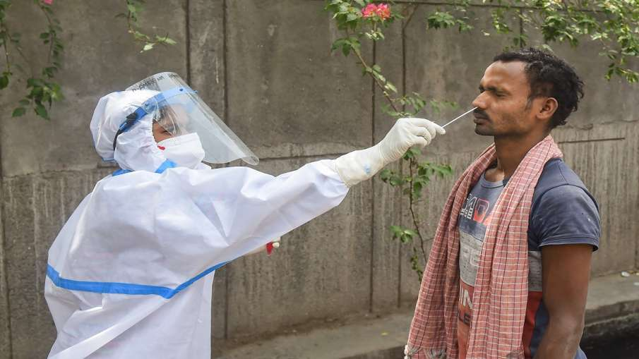 Coronavirus: संक्रमण के मामले बढ़ने के मद्देनजर दिल्ली सरकार नाइट कर्फ्यू लगाने पर कर रही विचार- India TV Hindi