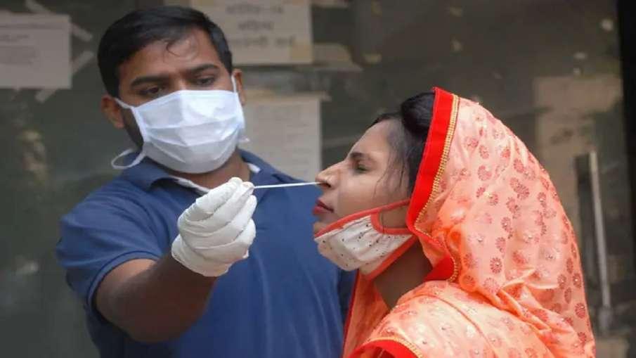 दिल्ली में रिकॉर्ड तोड़ रहा कोरोना, 24 घंटे में आए 11 हजार से ज्यादा नए मामले, 72 और मरीजों की मौत- India TV Hindi