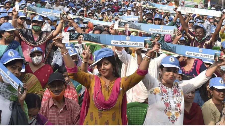 Election Commission bans roadshows, vehicle rallies in West Bengal- India TV Hindi