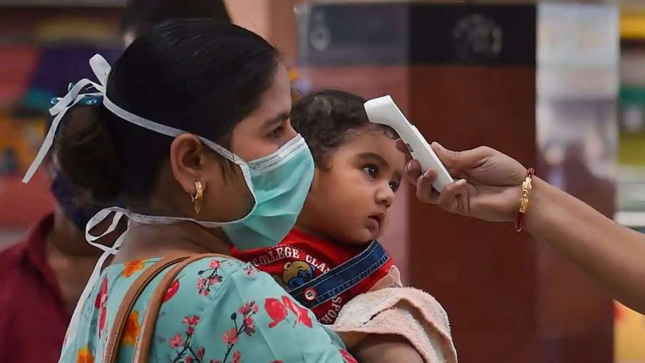 Indian strain of coronavirus spreads faster, but little evidence of it being more lethal: Experts- India TV Hindi