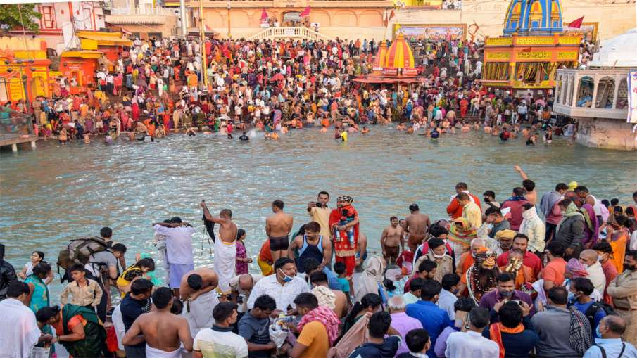 1,701 people tested positive for COVID-19 in Haridwar Kumbh Mela area from April 10 to 14: Officials- India TV Hindi