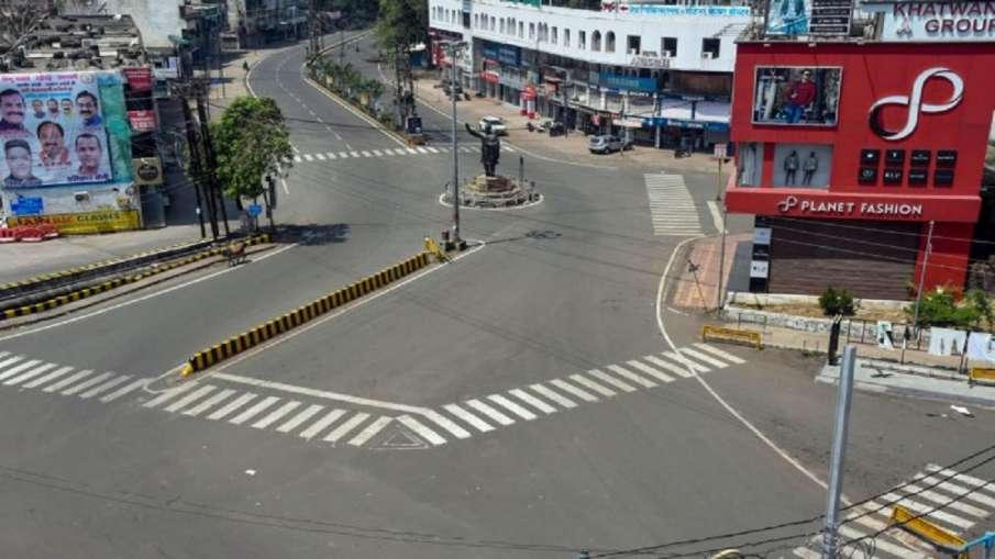 मध्य प्रदेश के 4 शहरों में लॉकडाउन लागू, संक्रमण के बढ़ते मामलों को देखते हुए लिया गया फैसला- India TV Hindi
