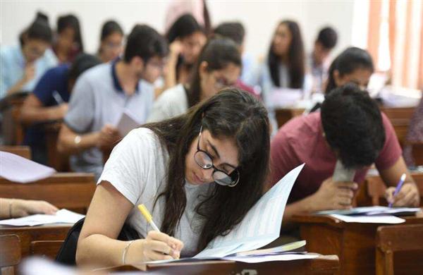 JKBOSE Result 2020 Kargil Division Class 10, 11 and 12...- India TV Hindi