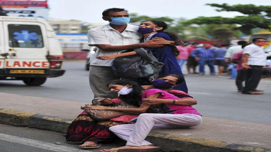 Maharashtra reports 66,358 new coronavirus cases, 895 deaths- India TV Hindi