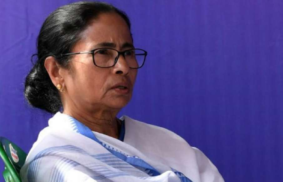 EC notice to West Bengal CM Mamata Banerjee for allegedly violating model code- India TV Hindi