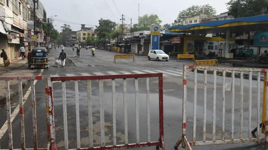 कर्नाटक में दूसरा सप्ताहांत कर्फ्यू, काफी हद तक घरों में रहे लोग- India TV Hindi