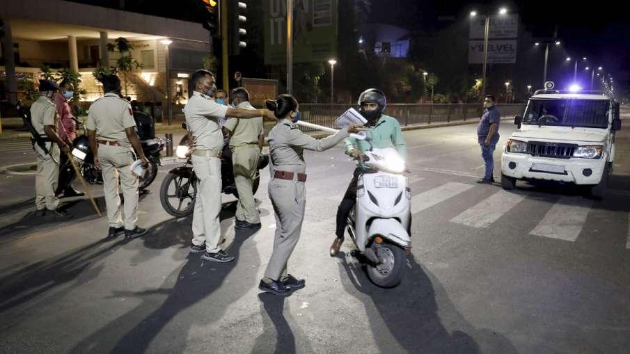 delhi night curfew- India TV Hindi