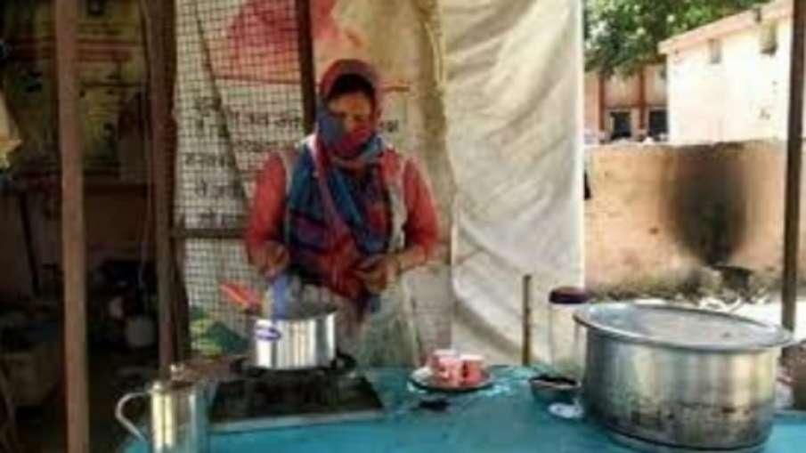 laborer's wife inspired by PM Modi contesting pradhan elections PM मोदी से प्रेरित है मजदूर की पत्नी- India TV Hindi