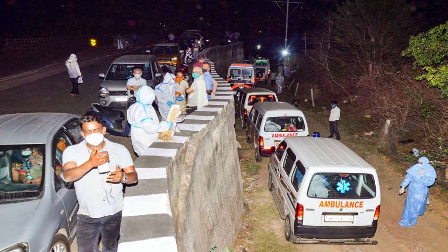 hospital hands over another patients body to family of coronavirus patients in patna bihar लापरवाही!- India TV Hindi