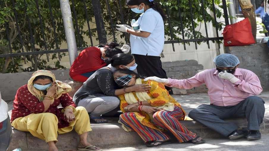 Coronavirus Mayawati praises Modi Yogi appeals to BSP workers कोरोना संकट के बीच मायावती का ट्वीट, म- India TV Hindi