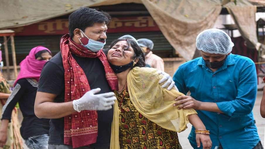 Tejashwi Yadav emotional over coronavirus situation in bihar तेजस्वी हुए भावुक, कहा- 'इतना असहाय, अस- India TV Hindi