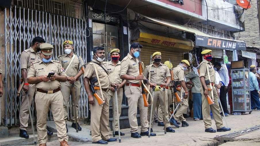 lalu yadav killed in encounter by uttar pradesh police कुख्यात इनामी बदमाश लालू यादव पुलिस से मुठभेड- India TV Hindi