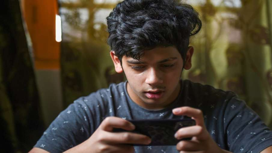 Free internet reliance jio airtel vodafone idea viral message face check 10 करोड़ उपभोक्ताओं को 3 मह- India TV Hindi