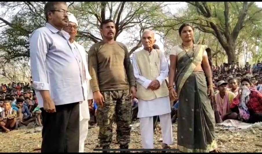 CoBRA jawan Rakeshwar Singh Manhas kidnapped by Naxals during Bijapur attack, released- India TV Hindi