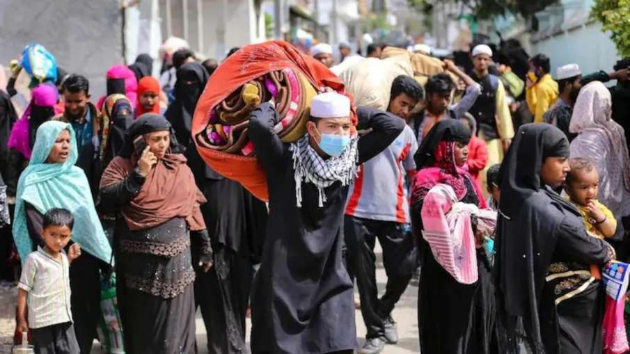 Supreme Court Allows Deportation Of Rohingyas To Myanmar As Per Procedure Prescribed- India TV Hindi