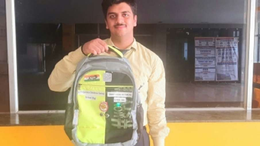 School bags will protect Corona and track down missing...- India TV Hindi
