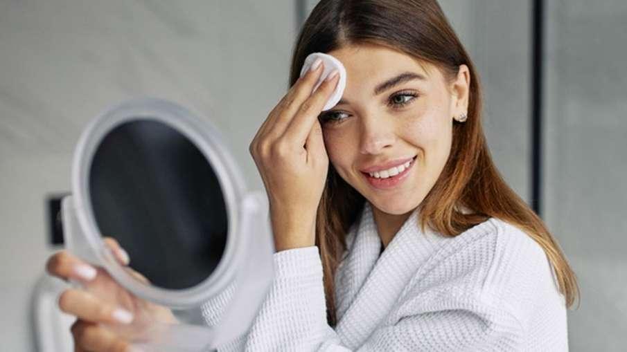 Skincare Routine: ग्लोइंग स्किन के लिए सप्ताह में 2 बार लगाएं ये फेसपैक, एक्ने के साथ हर समस्या से म- India TV Hindi