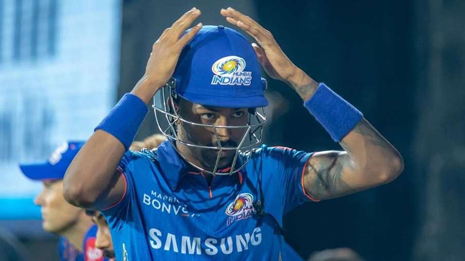 Sanjay Manjrekar Said Hardik Pandya flop performance concern for Mumbai Indians- India TV Hindi