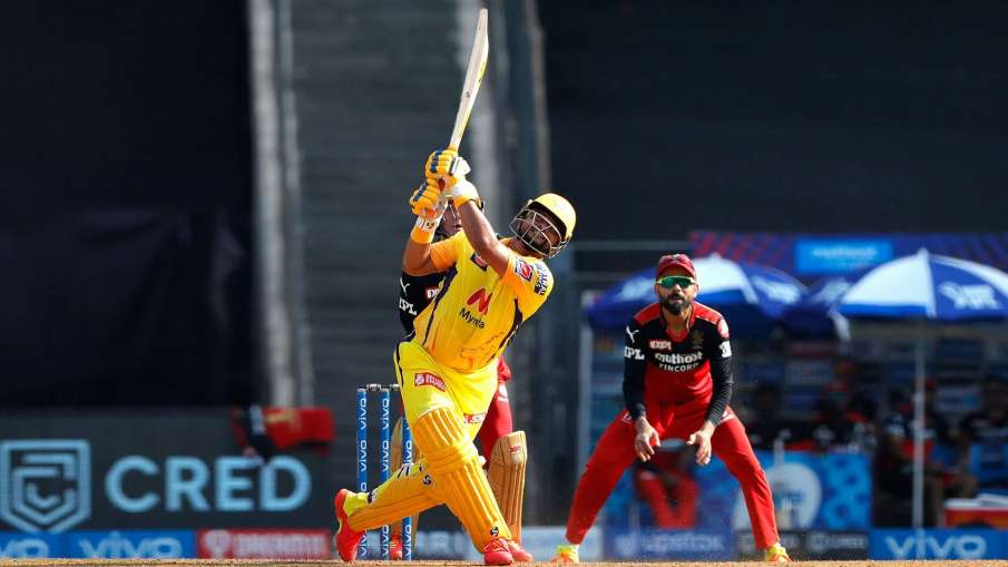 Suresh Raina Double Hundred Of Sixes In IPL CSK vs RCB Match 19 Live Update- India TV Hindi
