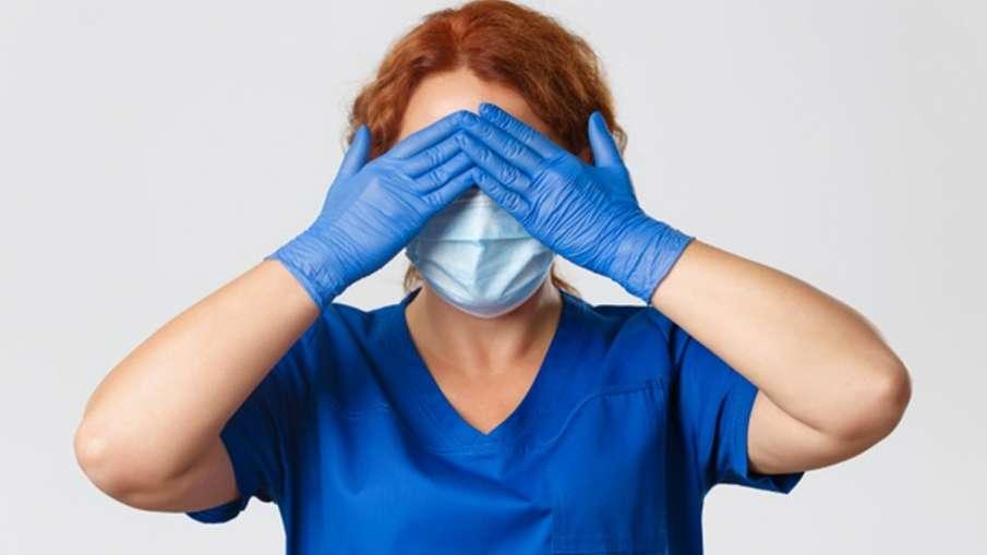 ब्लैक फंगस: कोरोना के मरीज इन लक्षणों को ना करें इग्नोर, हो सकता है म्यूकोरमाइकोसिस- India TV Hindi