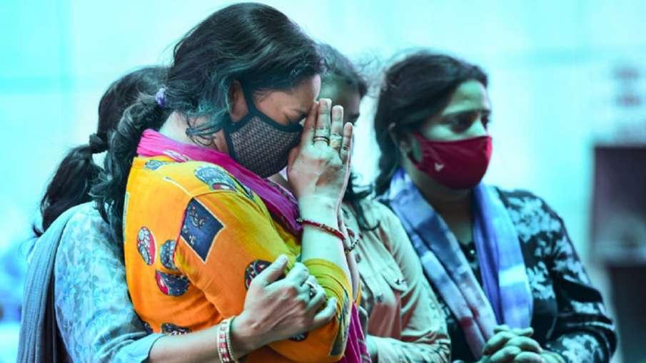 Coronavirus: Third wave of pandemic is inevitable, warns government's scientific advisor- India TV Hindi