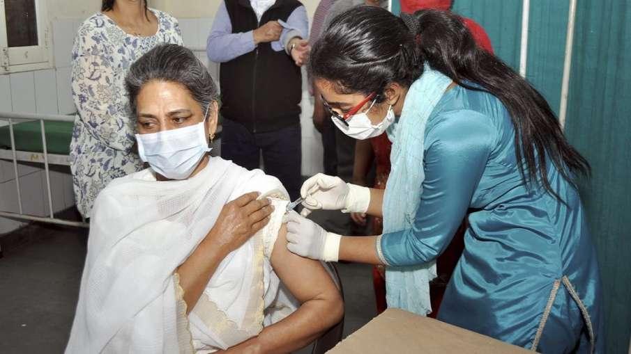 क्या वैक्सीन लेने से कुछ दिन के लिए शरीर की इम्युनिटी कम हो जाती है?, जानिए डॉक्टर की राय- India TV Hindi