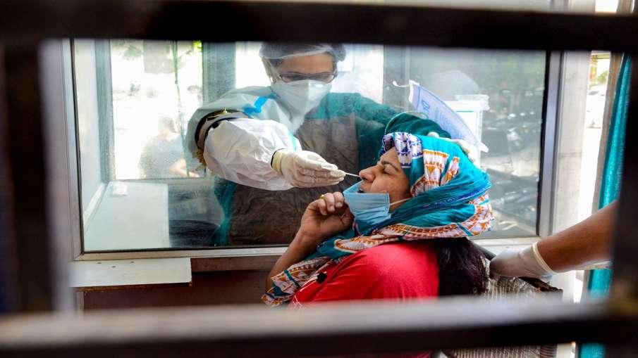 Covid-19: इंदिरापुरम के आम्रपाली विलेज में 300 से ज्यादा संक्रमित, 10 की मौत, प्रशासन से मदद की गुहा- India TV Hindi