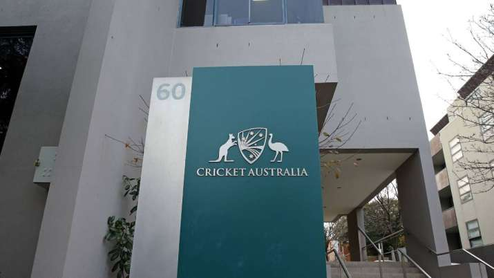 """On the return of Australian players from IPL, Hawkley said, """"We are grateful to the BCCI.""""- India TV Hindi"""