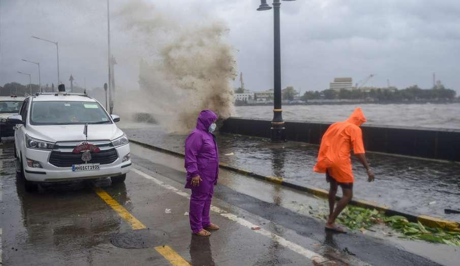 'टाउ-टे' चक्रवात: जानें तूफान के दौरान क्या-क्या बरतें सावधानियां- India TV Hindi