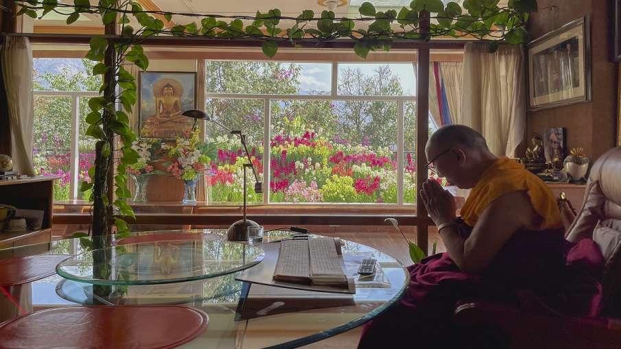 Tibet Independence Dalai Lama successor China game तिब्बत में आजादी की हर आवाज कुचलने के लिए चीन का - India TV Hindi