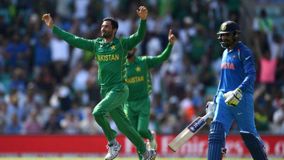 पाकिस्तानी गेंदबाज ने कहा, भारत के खिलाफ खेलने के बाद पता चलता है कि दबाव से कैसे पार पाना है- India TV Hindi