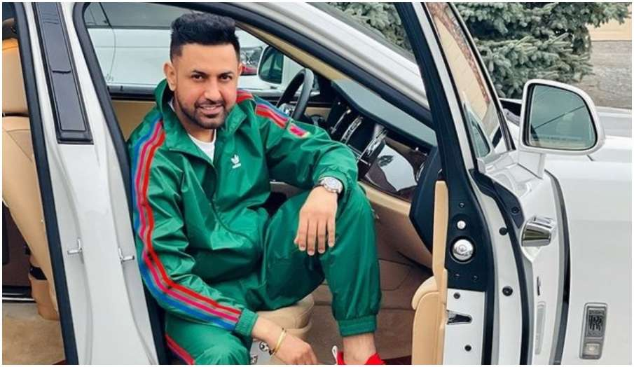 Gippy Grewal booked for defying weekend lockdown in patiala- India TV Hindi