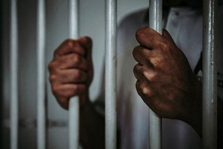 UP के 21 कैदियों ने...- India TV Hindi