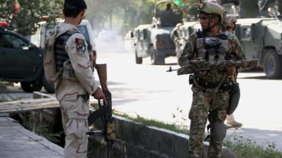 उत्तरी काबुल में मस्जिद में नमाज के दौरान भीषण बम विस्फोट, 4 की मौत और 20 अन्य घायल - India TV Hindi