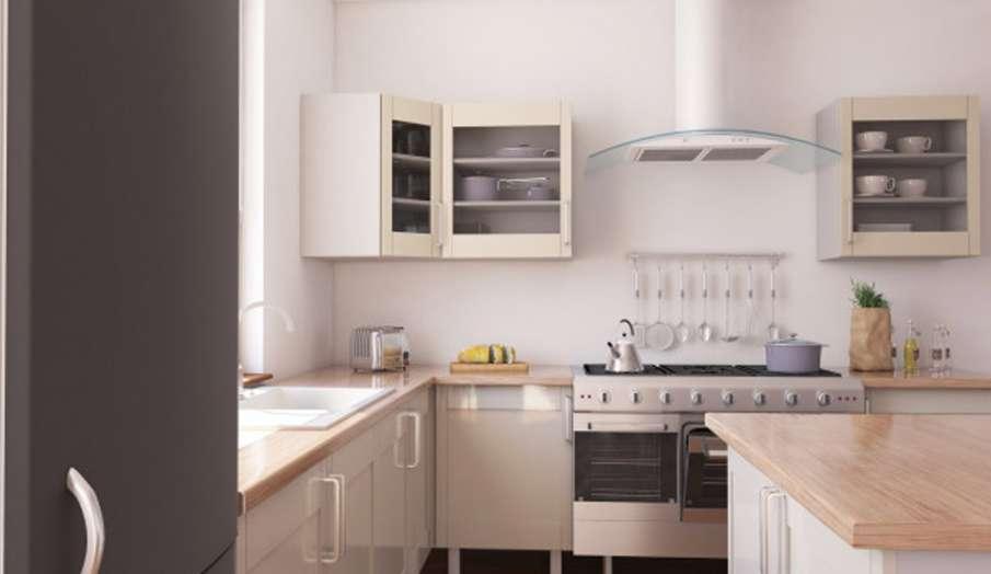 Vastu Tips: घर की इस दिशा में बिल्कुल भी ना बनाएं किचन, बर्तन धोने के लिए रसोई में ऐसे लगाएं सिंक- India TV Hindi
