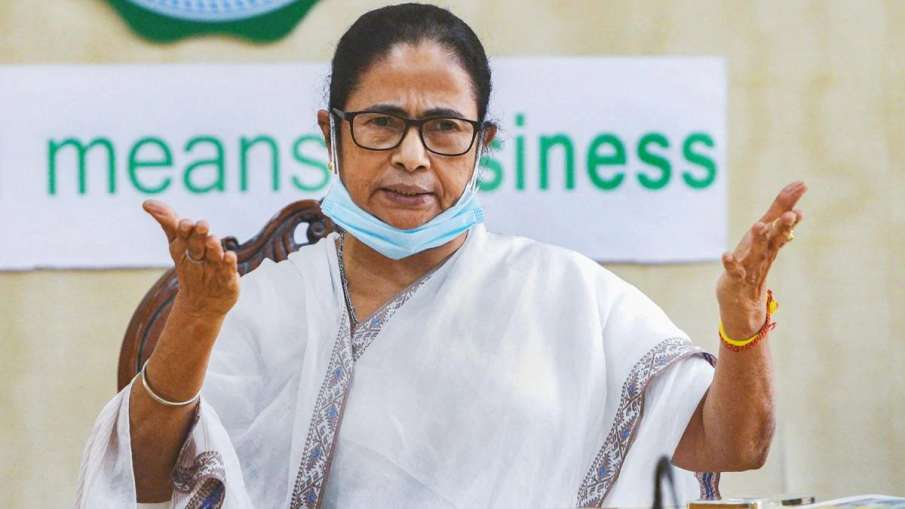 Nandigram returning officer's says his life under threat if he agreed recount, alleges Mamata Banerj- India TV Hindi